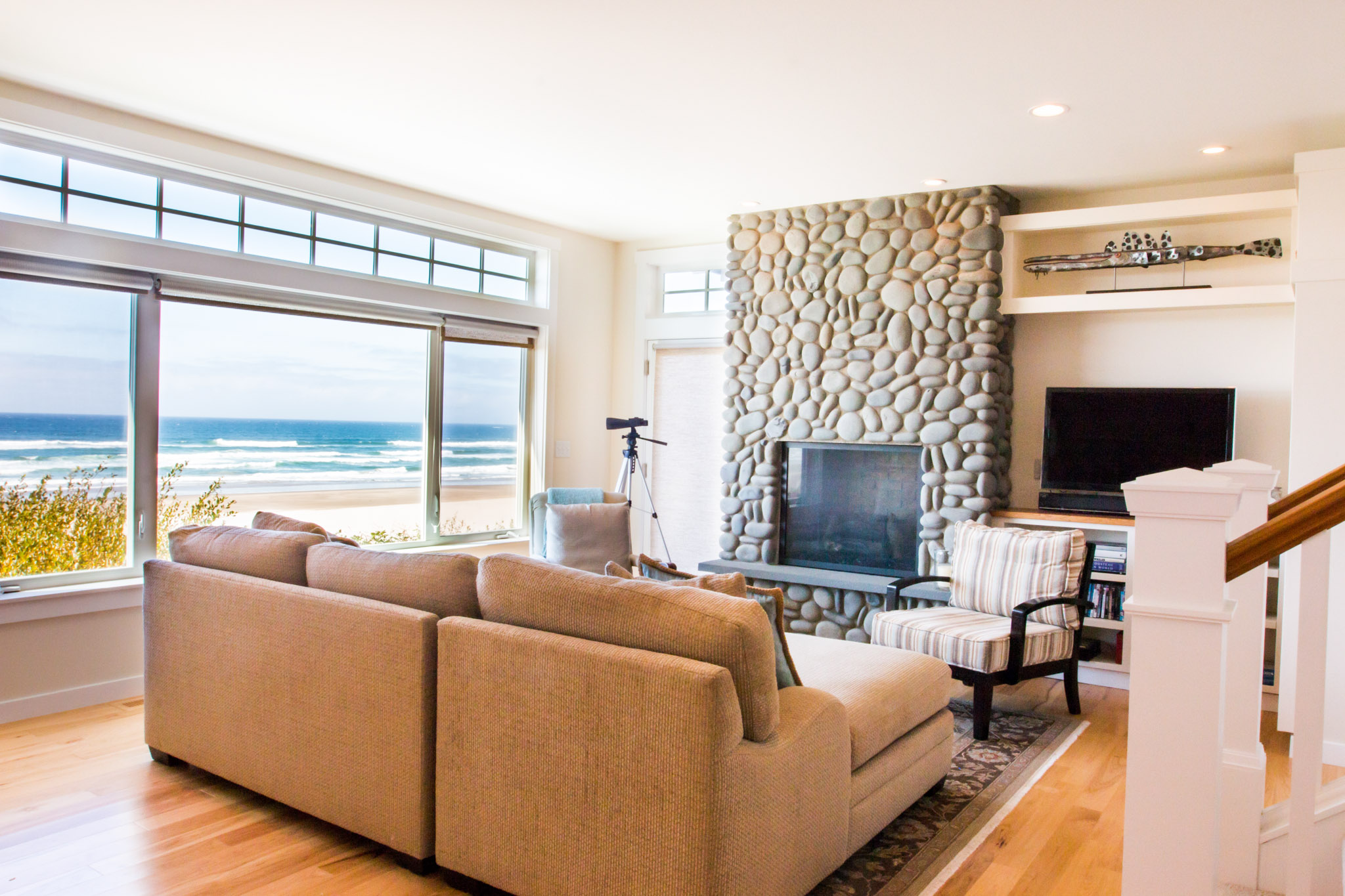 Ocean Front Beach House - JD Designs - Oregon Interior Design